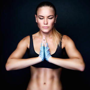 female-athlete-meditating_2